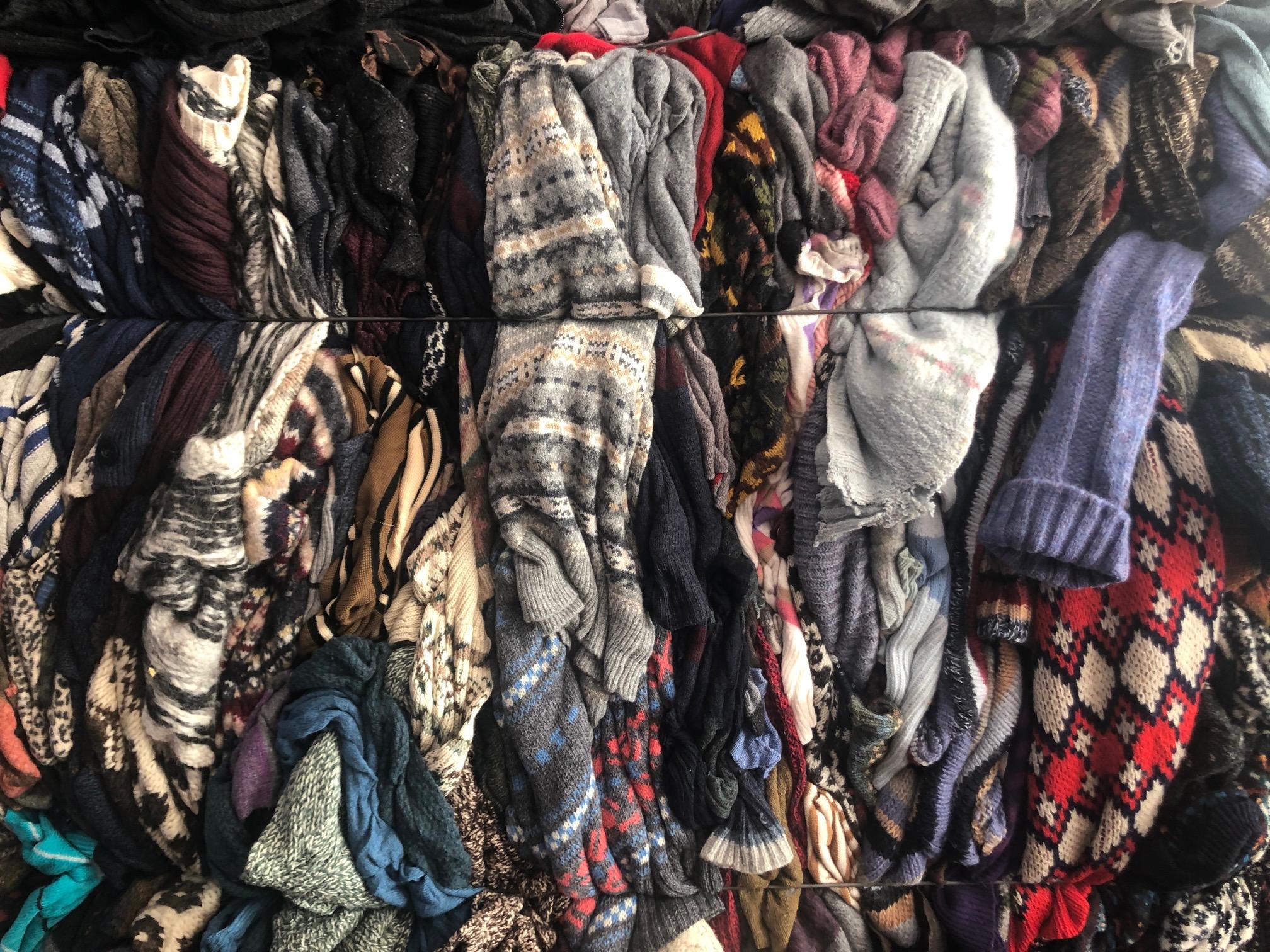 used clothes Solo Moda Sostenibile